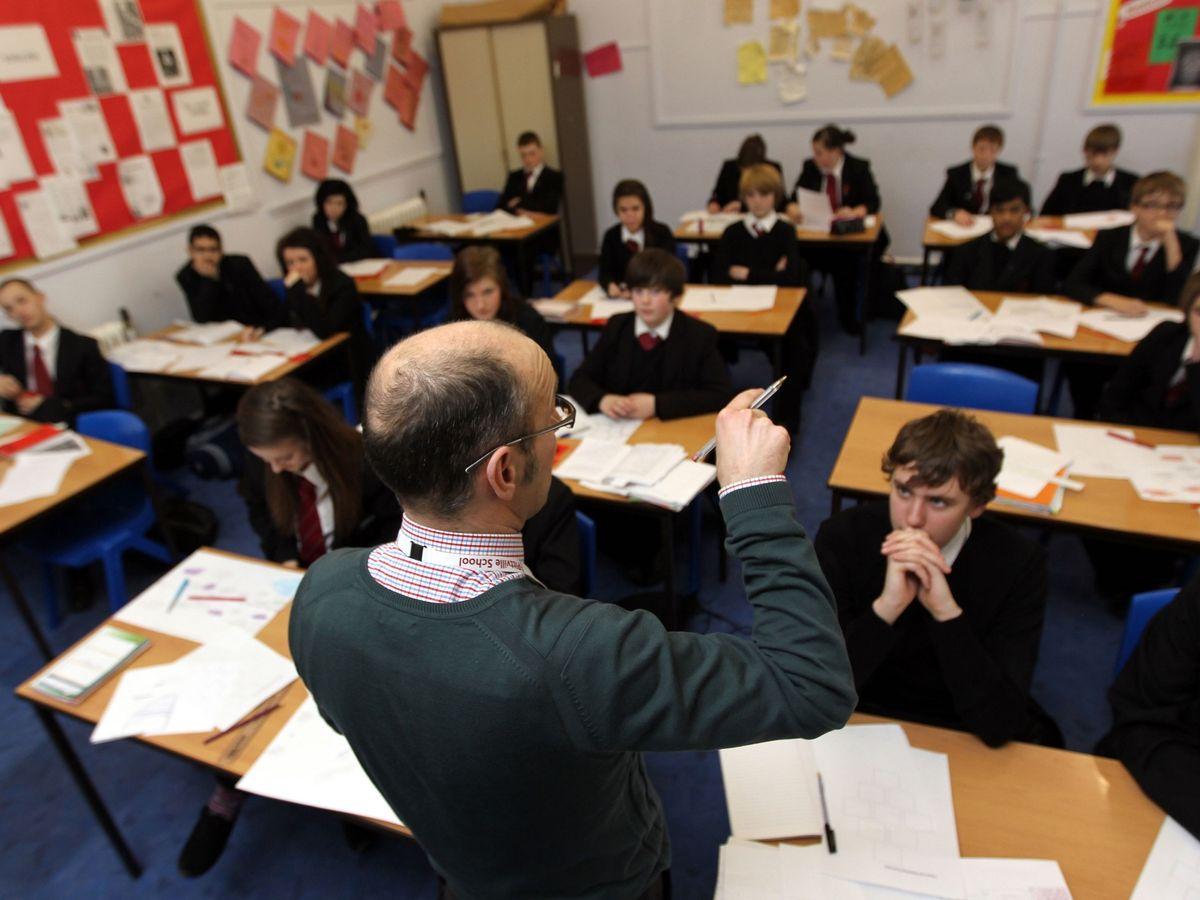 Disciplina y excelencia: la educación que triunfa en Inglaterra