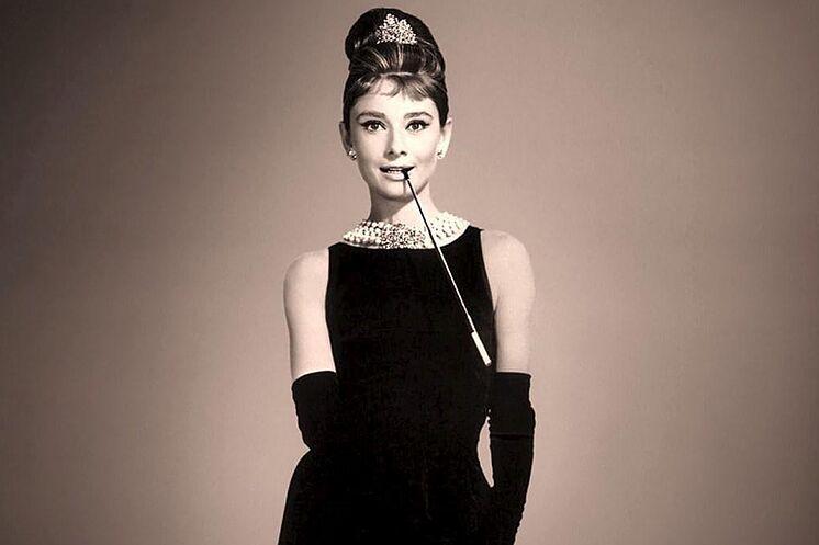 Cómo ser una Audrey Hepburn en un mundo de Kardashians